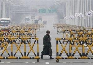 Сеул ждет разрешения КНДР на вывод последних рабочих из промзоны Кэсон