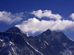 Пенсионер из Британии с третьей попытки покорил Эверест