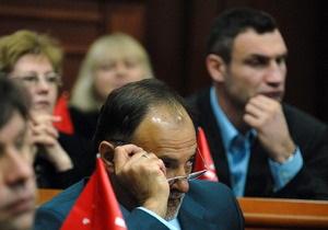 Киевсовет досрочно прекратил полномочия десяти из 11 депутатов, избранных в Раду