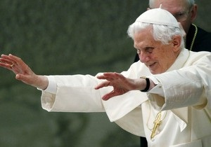 МИД Британии извинился за черновую программу визита Папы Римского