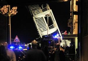 В порту Генуи корабль врезался в контрольную вышку: есть жертвы