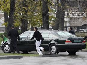 Саудовский принц сэкономил на заказе 66 лимузинов для поездки в Швейцарию - СМИ