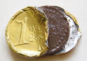 Курс гривны к доллару: на межбанке доллар и евро продолжили падать
