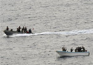 Генсек ООН предложил решить проблему пиратсва трудоустройством