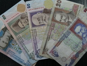 Межбанк завершился котировками 8,14-8,17 грн/доллар