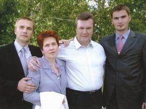 Янукович: Мы никогда не барствовали и не жировали
