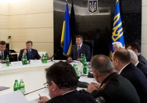 Янукович: Круг версий теракта в Днепропетровске сузился