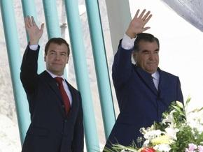 В Таджикистане вступает в силу новый закон о языке. Об особом статусе русского в нем ничего не сказано