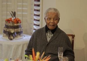 Манделе с каждым днем становится легче - родственники