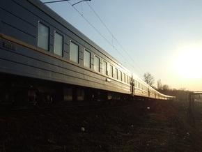 Из-за железнодорожной аварии поезда движутся с отставанием от графика