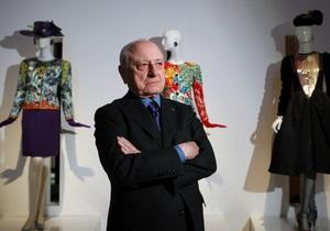 Пьер Берже в восторге от коллекции Эди Слимана, вызвавшую бурю критики в Париже