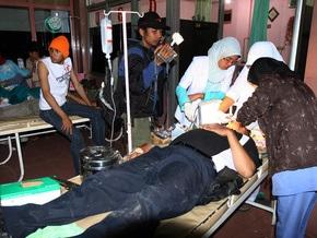 Число жертв землетрясений в Индонезии увеличилось до 75 человек