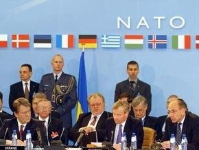 Украина может вступить в НАТО без ПДЧ - послы Польши, Чехии и Венгрии