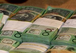 Австралийская полиция нашла мужчину, оставившего в кафе чемодан с миллионом долларов
