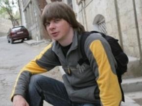 В Киеве избили спецрепортера газеты Известия в Украине
