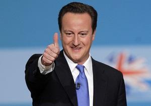 Британский премьер призвал консерваторов поддержать легализацию однополых браков