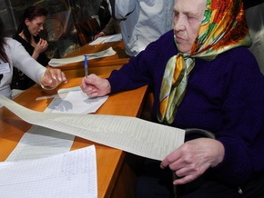 В 23 областях проходят внеочередные местные выборы