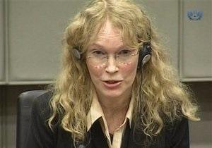 Актриса Миа Фэрроу выступила в суде Гааги по делу о кровавых алмазах
