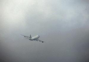 Boeing с 51 пассажиром на борту час не мог приземлиться в аэропорту Одессы