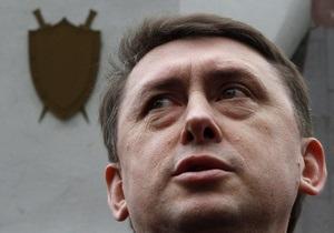 Мельниченко попросил суд отложить его допрос по делу Пукача, сославшись на головную боль