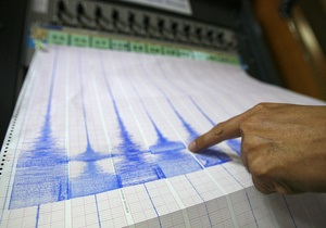 В Иране в результате сильного землетрясения пострадали более 30 человек