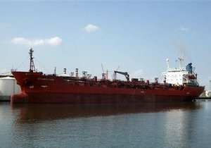 Сомалийские пираты захватили первое в 2010 году судно