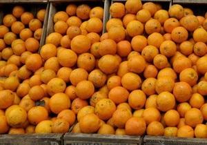 В итальянском городе Ивреа начались апельсиновые сражения