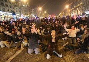 В Париже задержаны более ста участников акции против однополых браков