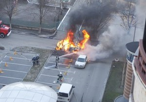 В Киеве сгорела машина