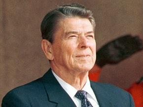 Опрос: Американцы назвали Рейгана величайшим президентом в истории США