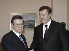 Янукович выступит на съезде партии Единая Россия в Москве