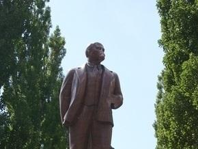 Памятник Ленину в Киеве собираются открыть в ноябре