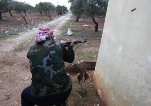 Сирийские повстанцы захватили все КПП на границе с Ираком