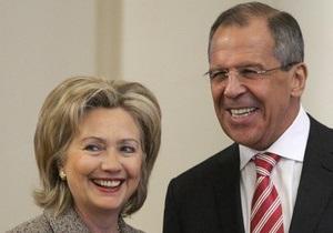 Клинтон не знает, будет ли договор об СНВ подписан в Киеве: Цыплят не по весне считают