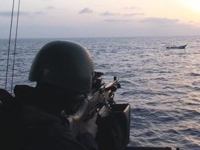 Индийские военные разоружили пиратов, напавших на торговое судно