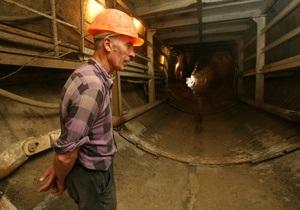 Попов считает, что строительство новых линий метро не является приоритетом для Киева