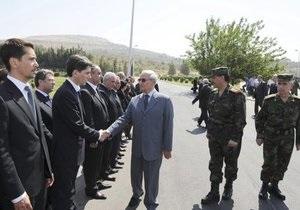 Сирийская оппозиция вновь сообщила, что вице-президент порвал с правящим режимом