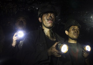 При пожаре на угольной шахте в Китае погибли 25 человек