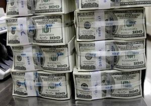 Гривна на межбанке упала ниже 8,11 гривен за доллар
