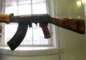 СМИ: Под Харьковом чиновник обстрелял рыбаков из автомата Калашникова