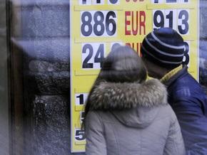 Порошенко сообщил, что курс доллара растет только по выходным