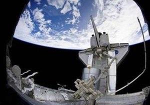 Астронавты Discovery могут совершить внеплановый выход в космос