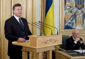 Опрос КМИС: Почти две трети украинцев недовольны развитием ситуации в стране