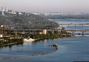 Скандальный земснаряд: Киевсовет разрешил добывать песок между Южным и Дарницким мостом