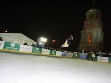 Националисты передумали разрушать каток на Софийской площади