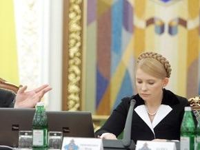 Ющенко: Нужно в экран плевать от такого тиражирования лжи