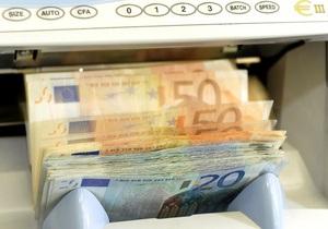 Евро вновь вырос на межбанке