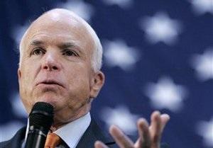 Маккейн считает, что в Беларуси возможен египетский сценарий смены власти
