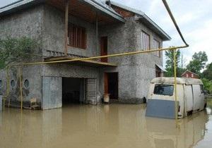 Наводнение на Буковине: подтоплены тысячи домов, разрушены мосты и дороги