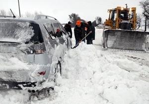 Противоречивая информация поступает о ситуации на проблемном участке трассы Киев - Чоп